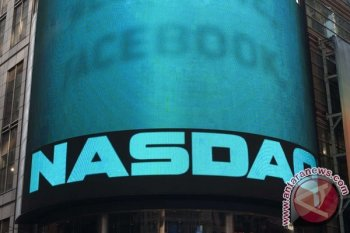 Wall Street jatuh menyusul serangan pesawat tanpa awak terhadap fasilitas minyak Saudi