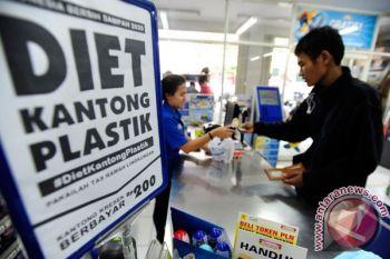 KLHK sosialisasikan pengurangan kantong plastik di pasar tradisional