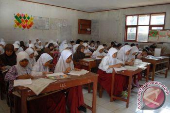 Bekasi butuh tambahan 193 ruang kelas