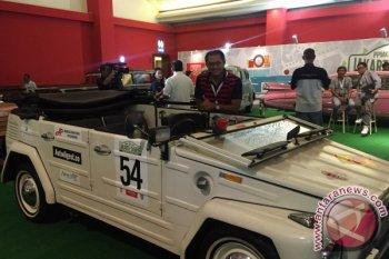 "Penggemar mobil kuno gelar ""emphaty tour Lombok"""