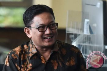 Korupsi KTP-E: Politisi PKB Haramain mengaku tak kenal Anang Sugiana