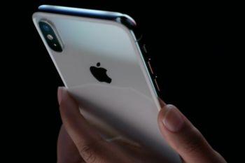 Tingkat adopsi iPhone X jauh di atas iPhone 8 atau 8 Plus