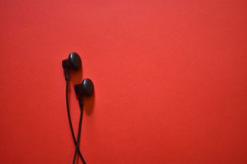 2018, earphone makin populer