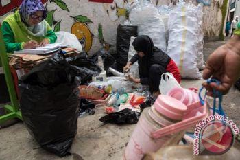 Balai Kementerian Perindustrian riset limbah plastik jadi BBM