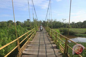 Jembatan Gantung Penghubung Antardesa