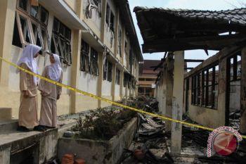Gedung Sekolah Terbakar