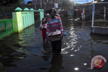 Banjir Masih Rendam Permukiman Warga Semarang
