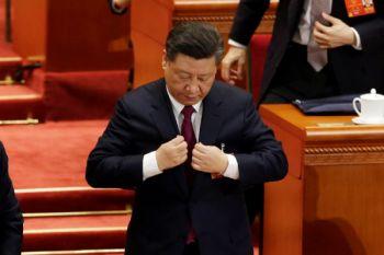Presiden China ambil sumpah kepada Konstitusi untuk pertama kalinya