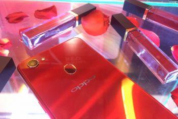 Oppo sebut penjualan F7 lebih besar dari F5