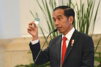 Presiden menerima pengguna manfaat JKN-KIS