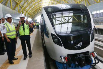Menhub Hadiri Ujicoba LRT Palembang