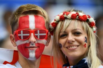 Galeri foto Australia tahan Denmark 1-1