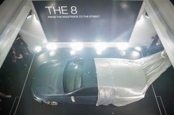 BMW Seri 8 Coupe meluncur di Le Mans