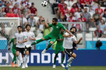 Babak pertama Arab Saudi vs Mesir imbang 1-1