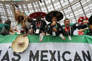 FIFA denda Federasi Meksiko dan Serbia