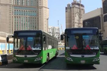Petugas tinjau kesiapan bus shalawat jamaah calon haji Indonesia