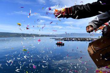Walhi minta masyarakat stop kotori Danau Toba