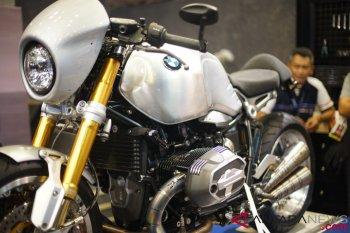 BMW R Nine T untuk pencinta kecepatan