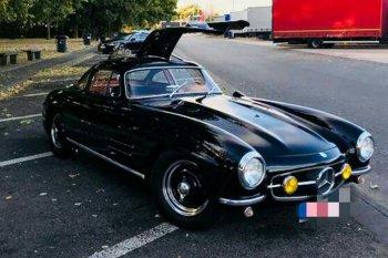 Mobil Mercedes-Benz seri langka dicuri di dekat Nrburgring