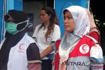 Relawan asing pun ikut upacara 17 Agustus di Lombok