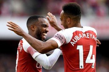 Arsenal bungkam Everton berkat gol Lacazette-Aubameyang