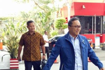 KPK periksa Zulkifli Hasan terkait suap di Pemkab Lampung Selatan