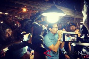 Sandiaga tinjau pasar Desa Bojongkulur Bogor