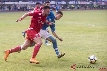 Pelatih Persija anggap keputusan wasit untungkan Persib