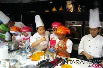 Tips kenalkan anak pada makanan sehat
