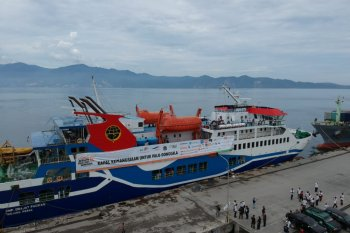 Kapal Kemanusiaan berlabuh di Palu untuk kedua kalinya