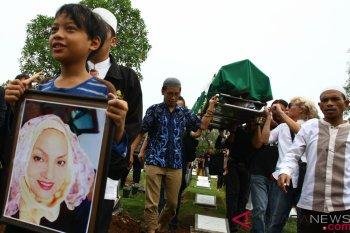 Pemakaman Titi Qadarsih