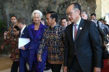 """Pesan """"Game of Thrones"""" dalam Pertemuan Tahunan IMF-WB"""