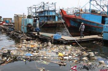Plastic waste entering Jakarta bay is mostly Styrofoam
