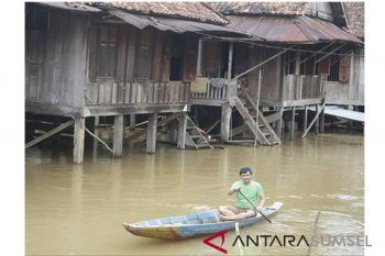 Banjir intai sejumlah daerah di Sumatera Selatan