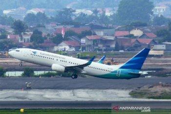Cuaca buruk, Garuda mendarat darurat di Bandara Halim