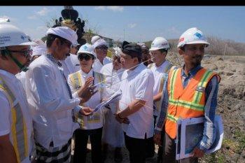 Menteri BUMN tinjau kelanjutan reklamasi Benoa
