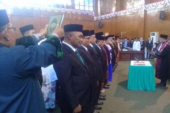 30 anggota DPRD Kota Ternate dilantik