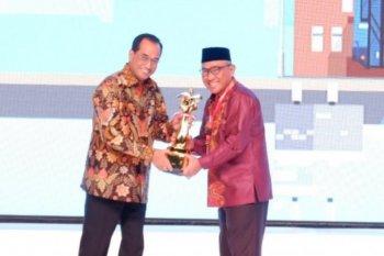 Piala WTN  diraih Kota Depok  dalam pengelolaan pelayanan transportasi