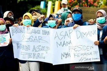 Pemerintah didesak serius atasi Karhutla di Sumatera dan Kalimantan