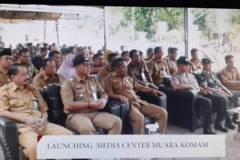 Sekda Paser Launching Media Center Muara Komam