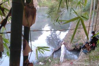"""Dedi Mulyadi siap gugat"""" class action"""" atas pencemaran Sungai Cilamaya"""
