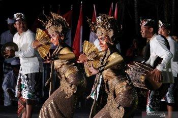 "Saya dan ""Nangun Sat Kerthi Loka Bali"""