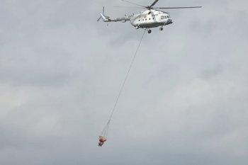 "Pemadaman api Gunung Arjuno, Jatim datangkan helikopter ""water bombing"""