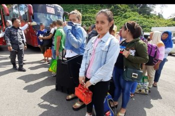 Malaysia deportasi pekerja migran Indonesia