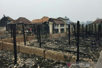 Rumah orang tua Kapolri Tito Karnavian ikut hangus terbakar di Gandus Palembang