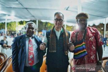 Upaya heroik Yason dan Titus saat kerusuhan Papua berbuah penghargaan dari Mensos