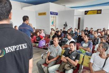 54 TKI bermasalah dipulangkan Pemerintah Malaysia melalui Dumai