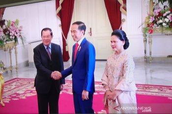 Presiden Jokowi tawarkan produk Inka ke PM Kamboja