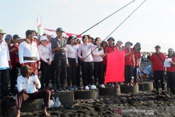 Pemkab Gianyar adajmks lomba mancing di pantai Siyut