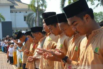Hari santri, Pemkab Karawang klaim bantu anggaran peringatan hingga Rp100 juta